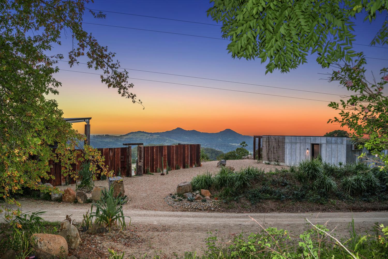 Byron Luxury Hinterland Accommodation sunrise